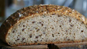 bezlepkovy kvaskovy chleb